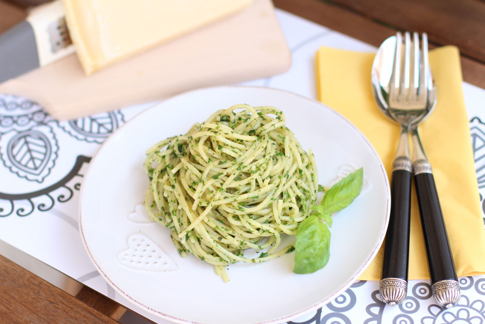 spaghete_cu_sos_pesto
