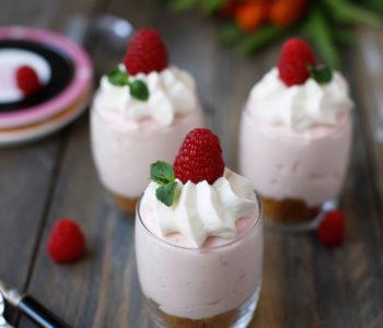 cheesecake-fara-coacere-cu-zmeura