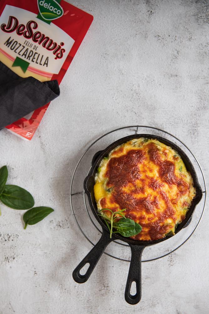 mamaliga cu spanac si mozzarella